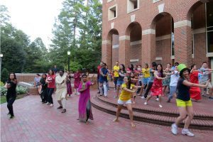 UNC Kenan-Flagler Business School - MBA Orientation - Class of 2018 - Around the World group dance